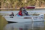 Lake_Eildon_Houseboat_Camping_Park_Members_Boating